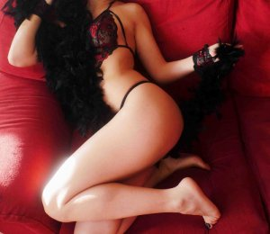 Anna-gaelle escort girl in Lake St. Louis