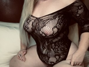 Lysiana escorts in South Lyon